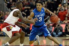 Kentucky Wildcats look to remain unbeaten as they host the Arkansas Razorbacks on Saturday Night